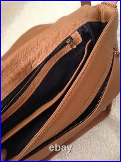 Coach messenger bag vintage leather tan mint condition fits laptop