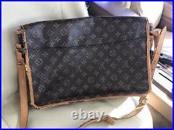 Louis Vuitton Gibeciere GM Monogram Messenger Shoulder Tote Laptop Bag M42246