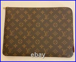 Louis Vuitton LV Laptop Case / Document Folder