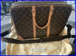 Louis vuittons VINTAGE handbag
