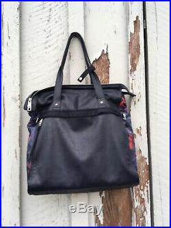 Lululemon Women's Bag Tote Large Workout LapTop Mat Straps Follow Your Bliss